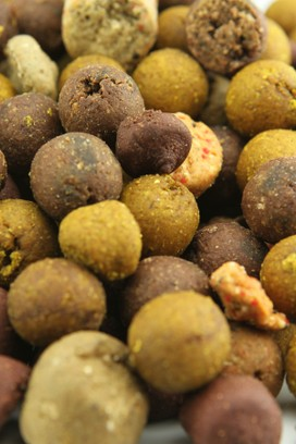 NORTHERN BAITS BOILIES FEED MIXED SIZE 4,5 KG
